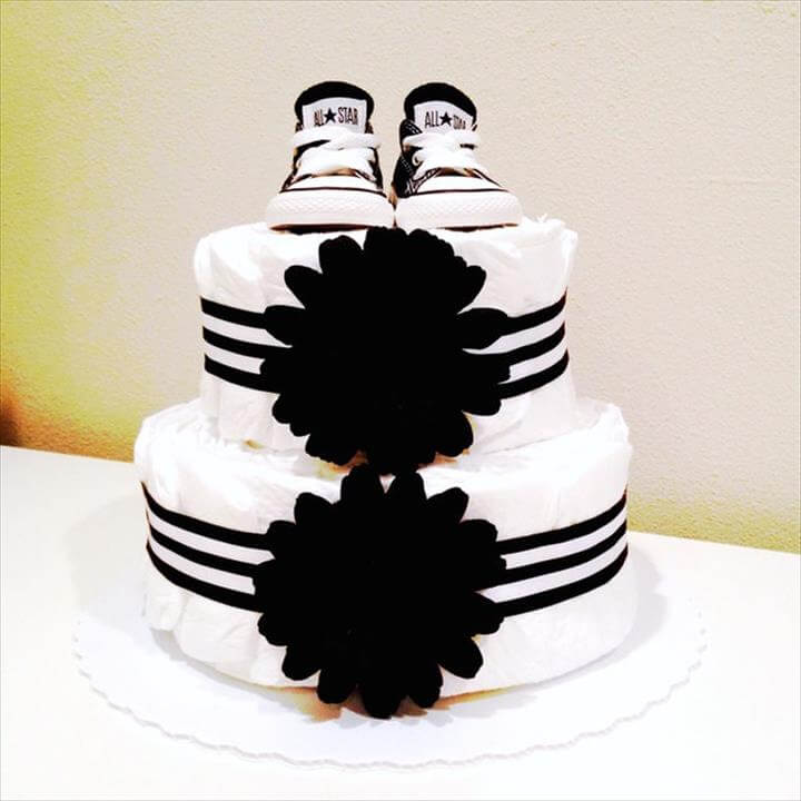 black and white chuck taylor diaper cake