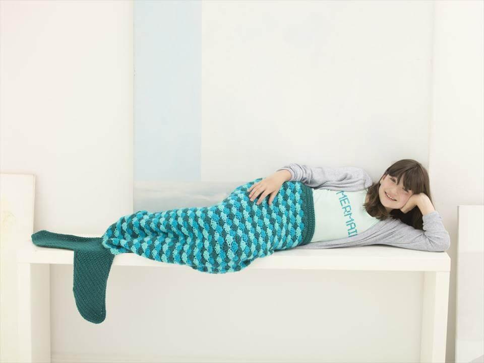 easy crochet mermaid tail cocoon pattern