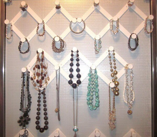 low-cost dollar store items jewelry organizer