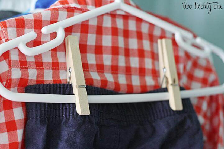 DIY Regular Hanger and Clothespin Baby Outfit Holder