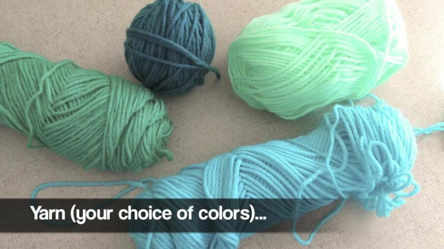 DIY Pom Pom Easy Yarn Tutorial