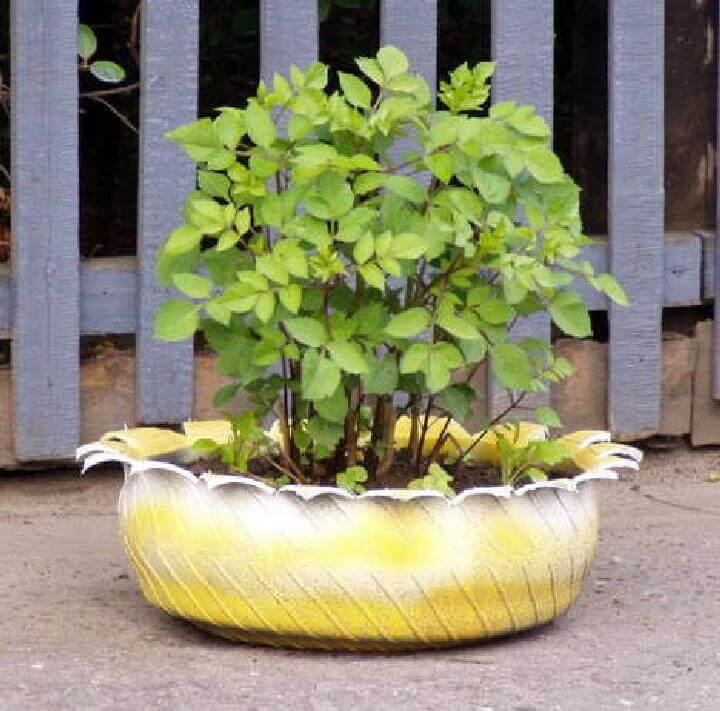 DIY Repurposed Old Tire Planter