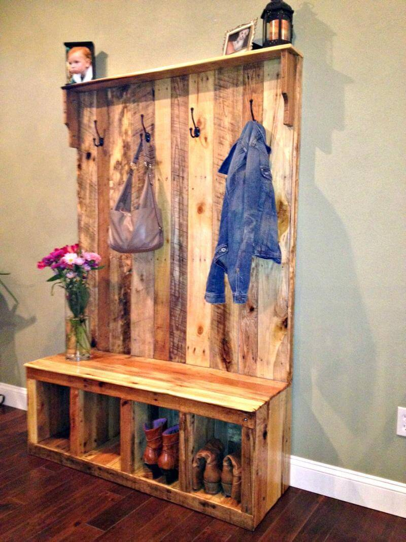Rustic Wooden Hall Tree Made of Pallets