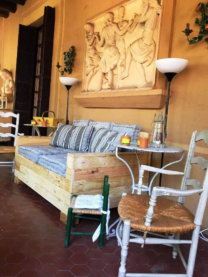 Hand-Built Wooden Pallet Sofa