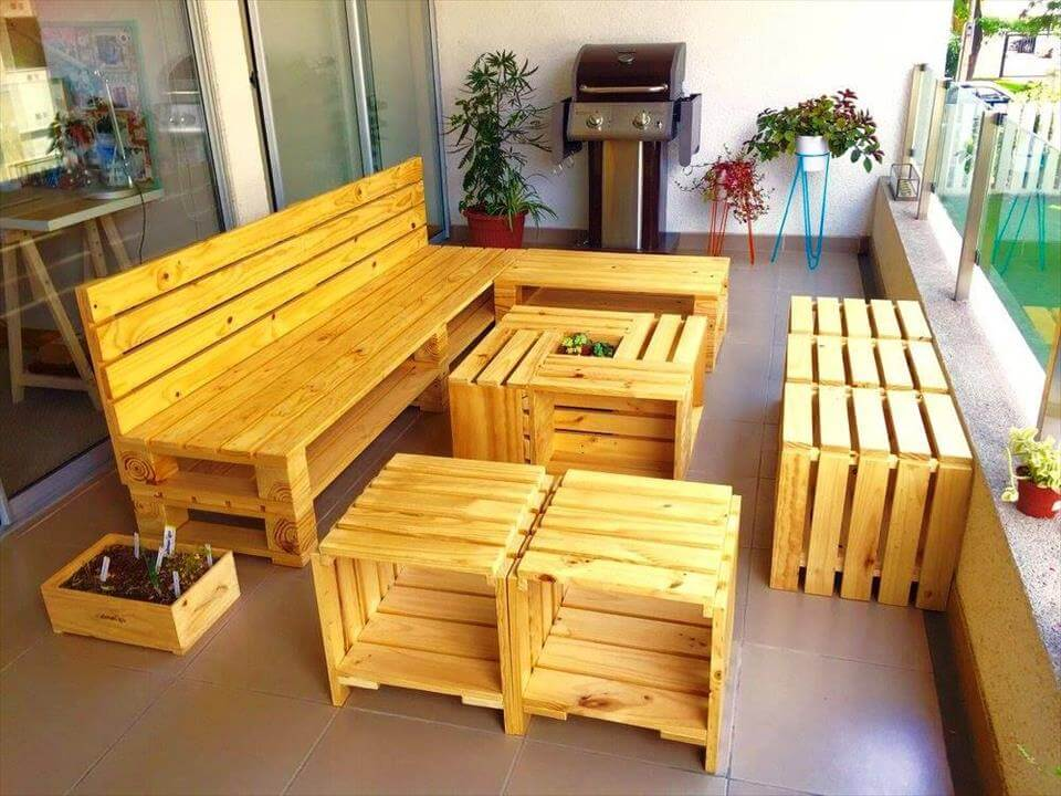 stylish and functional pallet seating