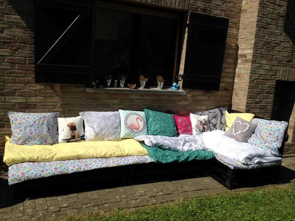 pallet outdoor sofa
