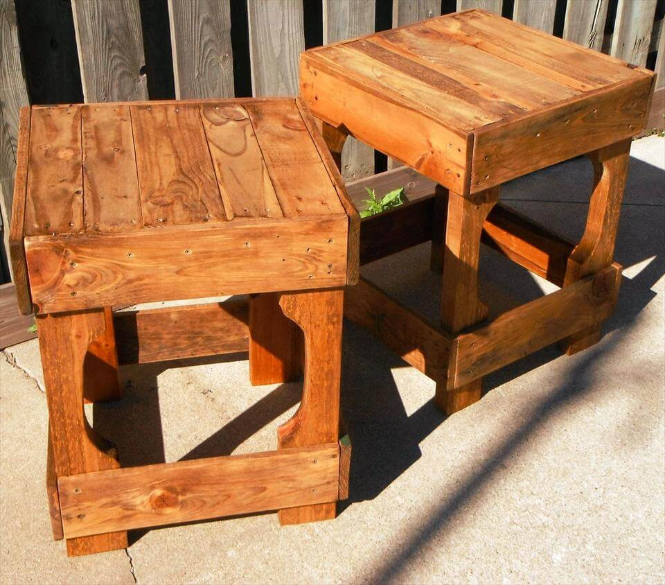 simple and gorgeous pallet stools